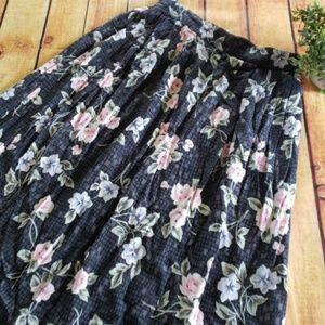 Sag Harbor skirt size small